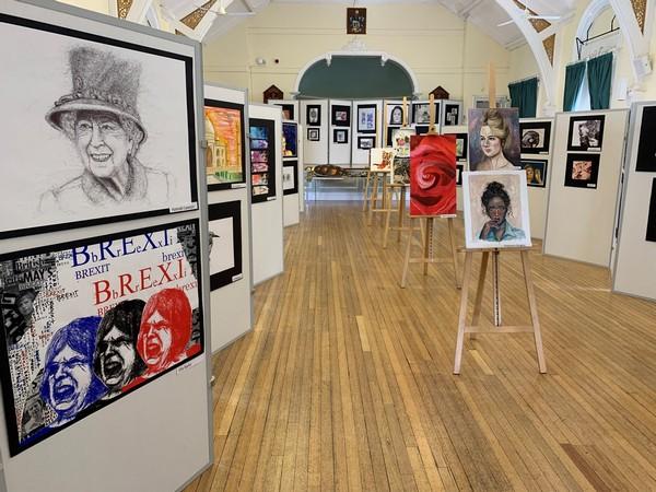 art exhibition600